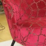 Efter omklädsel i tyg Harlequine Cranberry